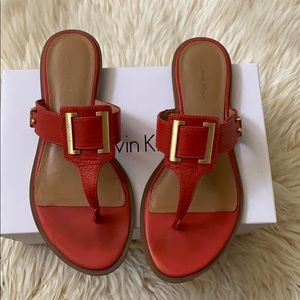 Red coral sandals with buckle